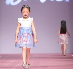 笛莎携手芭比跨界秀上海